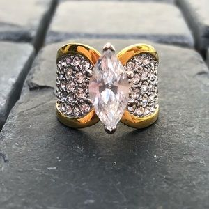 Crystal and gold ring